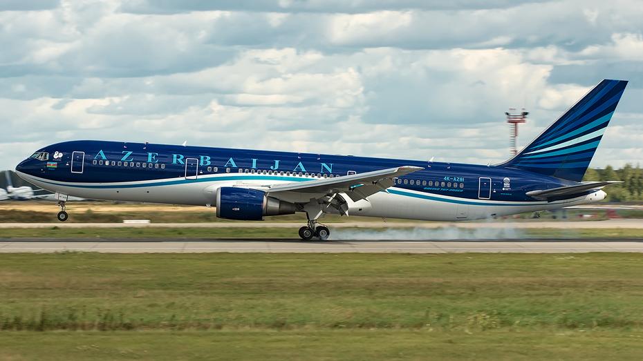 Boeing 767-32L/ER, 4K-AZ81, Azerbaijan Airlines