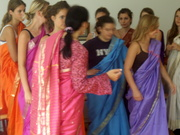Bollywood Tanz in Schule