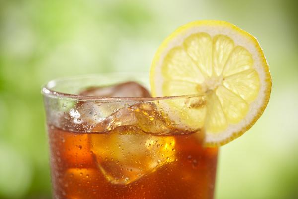 Organic iced-tea-with-lemon
