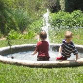 fountain play