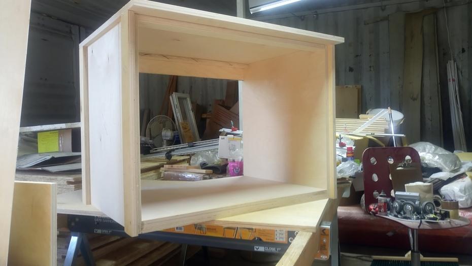 Suite cases storage