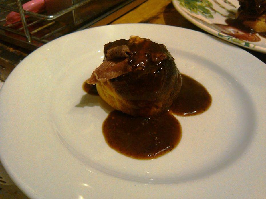 Roast beef +Yorkshire pudding