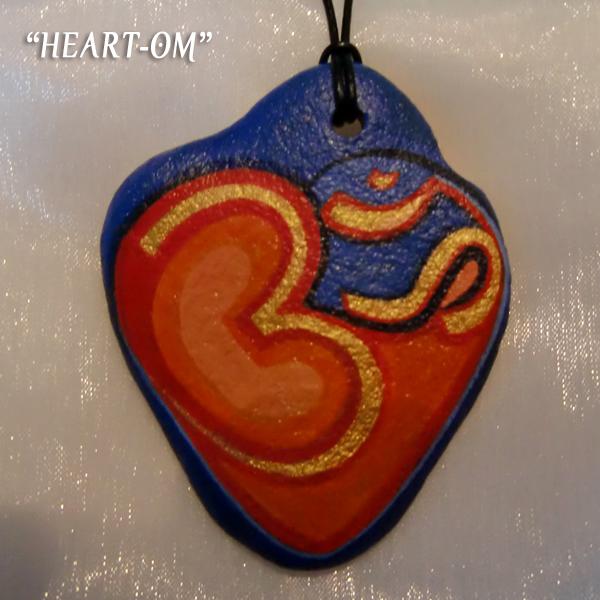 Agnya Amulette Heart OM