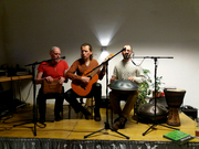 Hang, Guitar, Sruti Box & 3 Overtone Voices