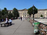 Pont des Arts to Louvre