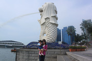 Finna with Merlion in Singapore