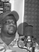 """""""M.C. WAR FLATTOP"""" IN THE STUDIO BOOTH SAMPLEING HIS NEW TRACK """"THA IRON HAND"""" IN """"NEUROLOGISTS RECORDING STUDIO"""""""