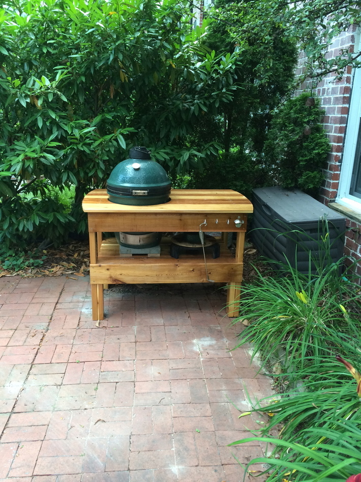 Green Egg Table