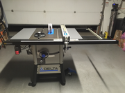 Delta 36-725 Table Saw