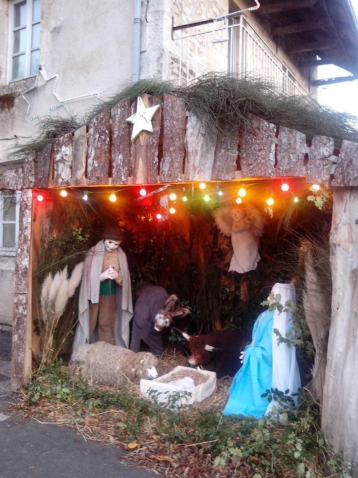 kerststal in Castelnau-de-Mandailles