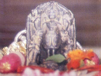 adhoksaja-visnu-deity2
