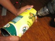 foto (8)Furando a lata para colocar o conector/irradiante