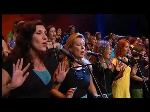 Amazing choir (Perpetuum Jazzile)