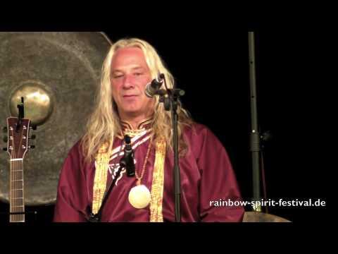 Chris Amrhein feat. Sandy Kühn und Mosaro live auf dem Rainbow Spirit Music & Dance Festival 2