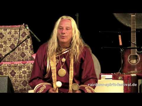 Chris Amrhein feat. Sandy Kühn und Mosaro live auf dem Rainbow Spirit Music & Dance Festival 1