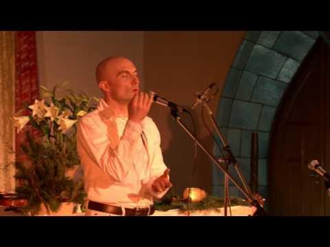 Overtone Singing in Concert - Miroslav Grosser