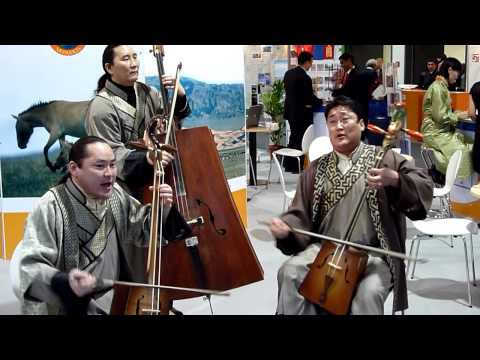 "Mongolian music from ""Egschiglen"" @ ITB 2010 Berlin"