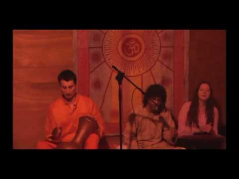 Serata di canti e danze indiane