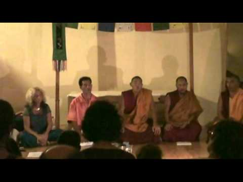Tantric Overtone Chant and Deep Voice: Nestor with Tibetan Lamas
