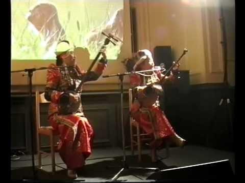 HOELUN-Das mongolische Frauen-Duo