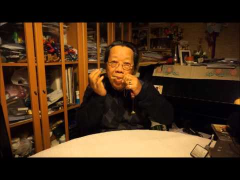 TRAN QUANG HAI plays AULD LAND SYNE with the Jew's harp, January 1st 2014