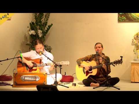 Mantra Chanting: Suddhosi Buddhosi with The Love Keys