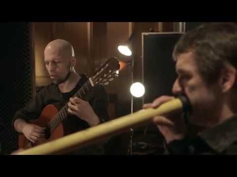 Wang Tang - Obertongesang, Gitarre & Didgeridoo