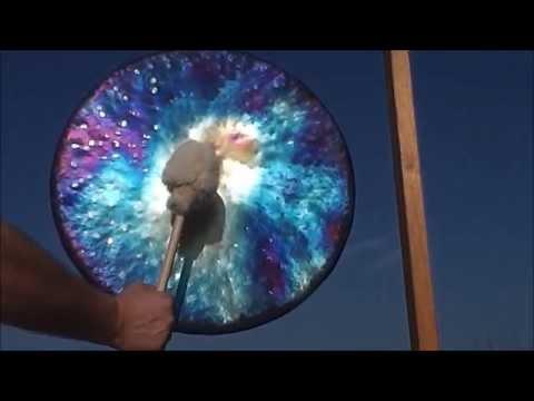 Ein Gong aus Titan