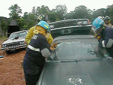 Glassmaster windshield saw technique