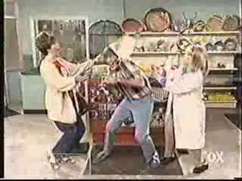 Mad Tv- Stewart In The Pet Shop