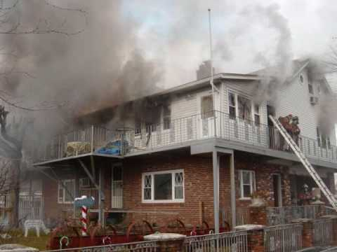 Wallingford (CT) 2-Alarm Fire