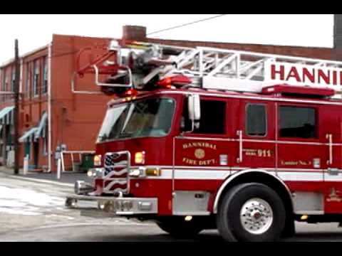 Hannibal (MO) Building Fire