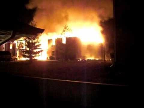 Waynesville (MO) Apartment Fire