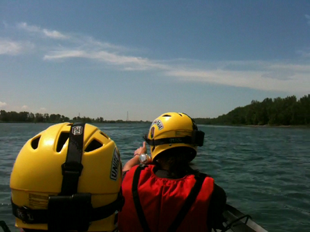 Water rescue training in Longueuil, Qc