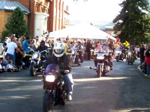 NFFF 2010 Red Helmet Ride