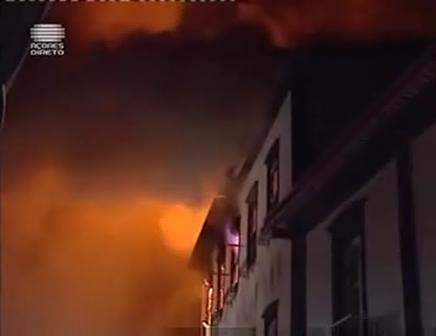 Incêndio Na RTP AÇORES Dia 11-02-2011 Parte 2 de 3