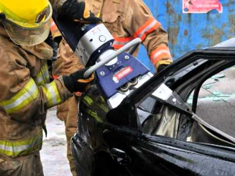 hurst jaws of life demo 2011 victoriaville