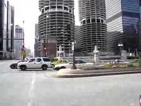 CHICAGO FIRE TRUCKS HAVING TROUBLE THROUGH INTERSECTION