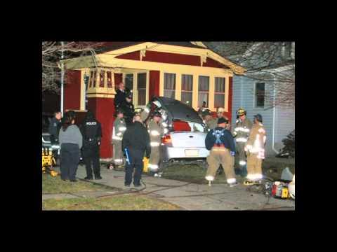 Buffalo PD & FD MVA Extrication - 317 Shirley ave