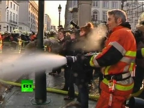 Belgium: Firefighters vs Cops