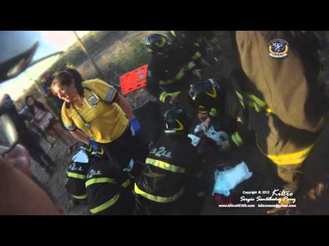 10-4 Camino El Mariscal 28-01-2012| Ladder/Rescue 2 Responding