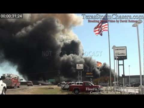 (HD/Close Up) 10/3/2011 - Magnablend Chemical Plant Fire - Waxahachie, TX