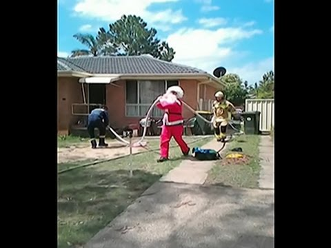 Raw: Santa Firefighter Saves Man
