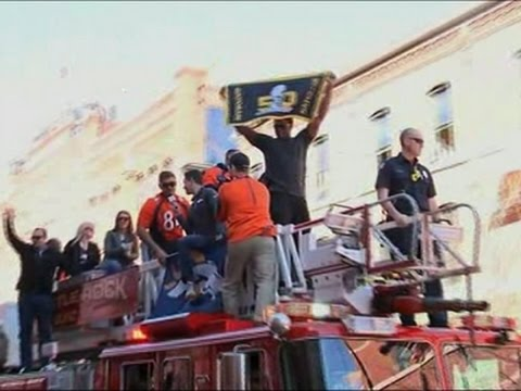 Denver Fire Apparatus Carry Super Bowl Champions