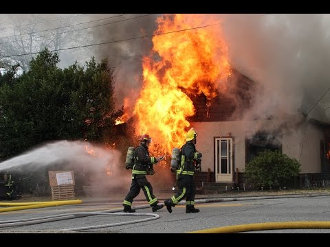 Early video  - Fire guts former home of world famous magician in Surrey