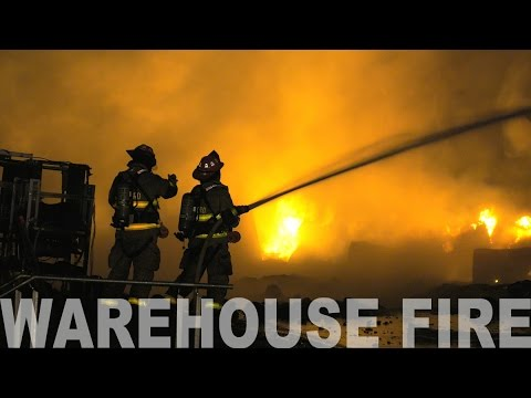 MASSIVE WAREHOUSE FIRE at Dan Shantz Greenhouse, Lehigh County, PA. 01.03.17