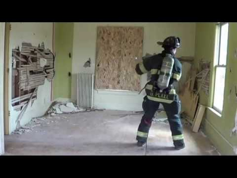 Firefighter VRS: Window Clearing for Emergency Egress