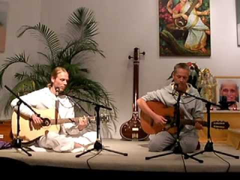 Mantra-Singen: Guru Deva Ki with Vishwanath and Thomas