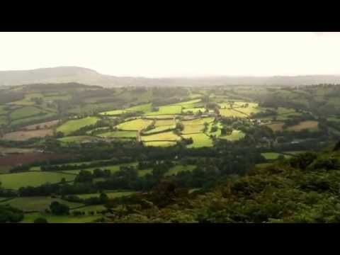 BEAUTIFUL WORLD +++ The Rolling Hills of Brecon Beacon National Park +++ LongingForNature