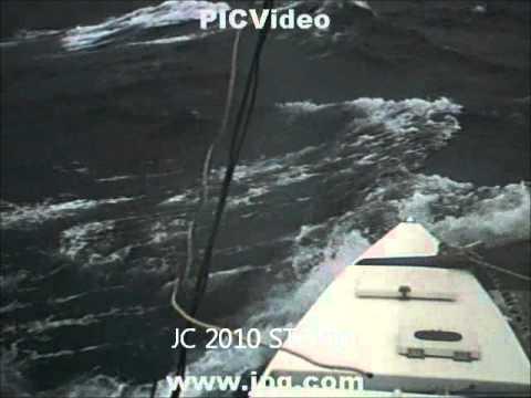 TIKI 21 COOKIE SAILING INTO BIG WAVES